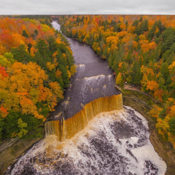 tahquamenon-falls_paradise-michigan2